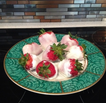 Frozen Yogurt Strawberries