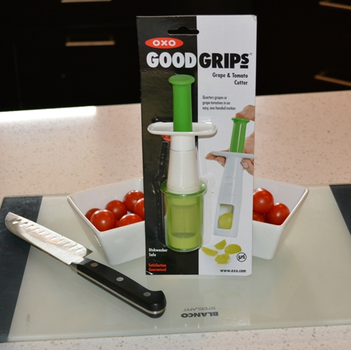 OXO Good Grips Grape and Carrot Cutter