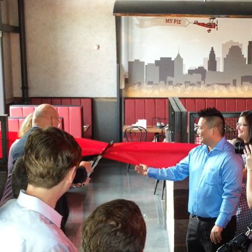 Giordano's Ribbon Cutting