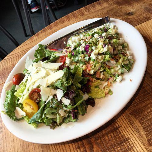 Giordano's Salad