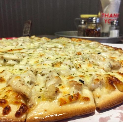 Savoy Pizza Uptown White Pizza