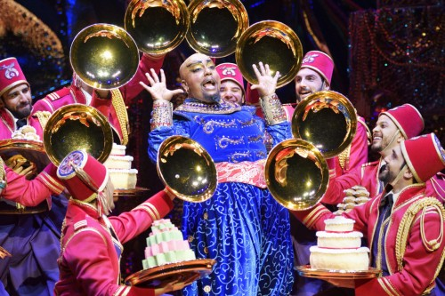 2-Friend-Like-Me-2.-Anthony-Murphy-Genie-and-Original-Cast-of-Aladdin-North-American-Tour.-Photo-by-Deen-van-Meer-1280x853