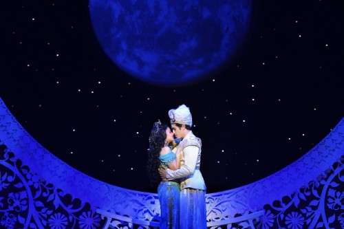 6-Isabelle-McCalla-Jasmine-Adam-Jacobs-Aladdin.-Aladdin-North-American-Tour-Original-Cast-.-Photo-by-Deen-van-Meer-1280x853